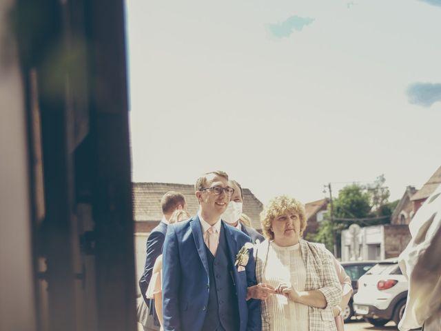 Le mariage de Ulrich et Céline à Ranchicourt, Pas-de-Calais 22