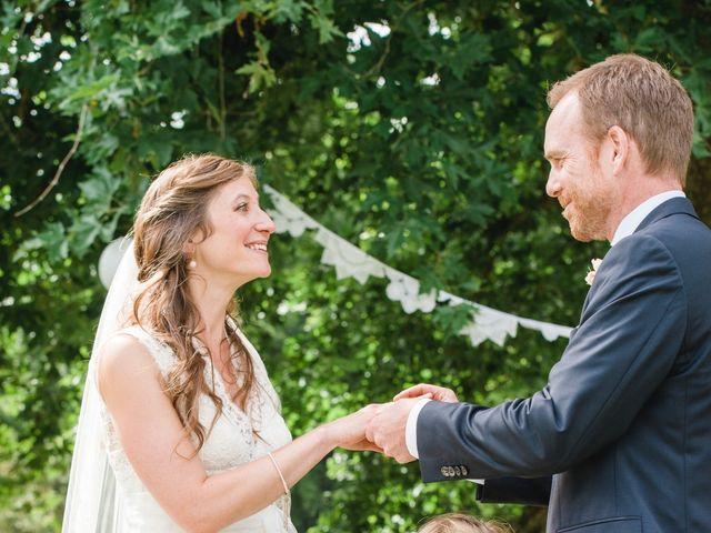 Le mariage de Christopher et Désirée à Barbirey-sur-Ouche, Côte d'Or 17