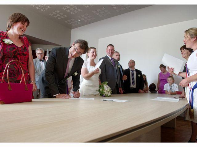 Le mariage de Damien et Sophie à Loches, Indre-et-Loire 14