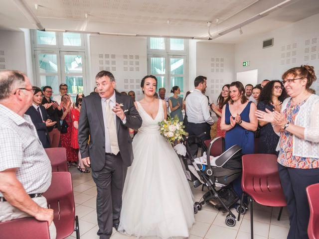 Le mariage de Vincent et Noémie à Courson-les-Carrières, Yonne 24