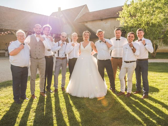 Le mariage de Vincent et Noémie à Courson-les-Carrières, Yonne 49