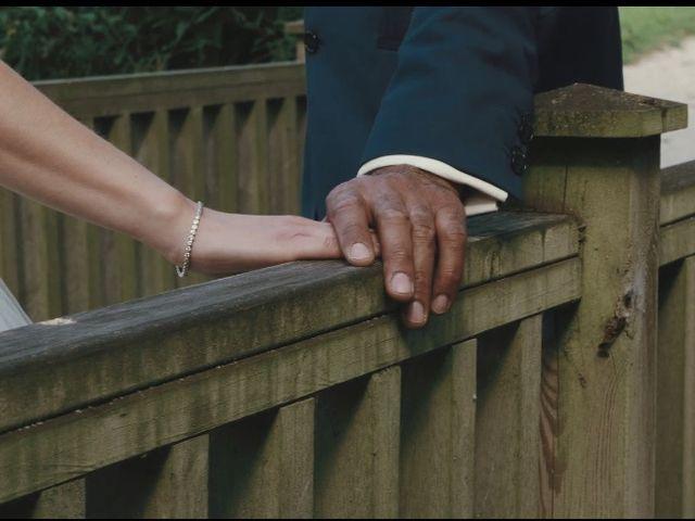 Le mariage de Ahmed et Justine à Calais, Pas-de-Calais 17