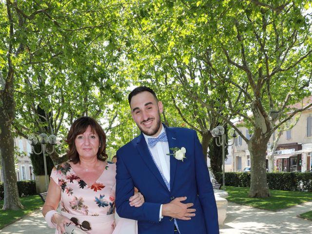 Le mariage de Jean-Baptiste et Julia à Saint-Martin-de-Crau, Bouches-du-Rhône 3