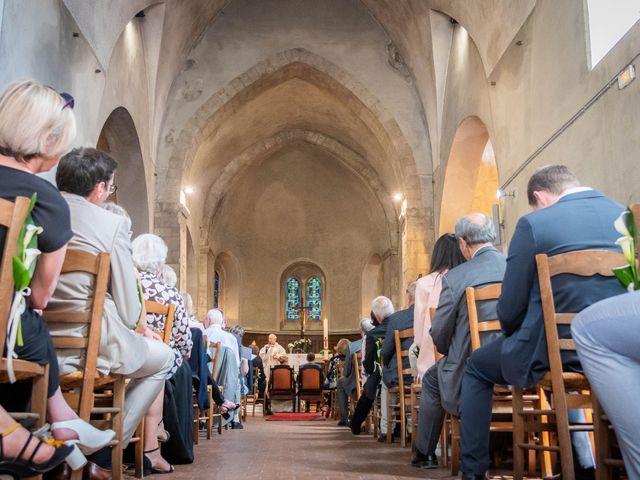 Le mariage de Romain et Caroline à La Ferté-Saint-Aubin, Loiret 30