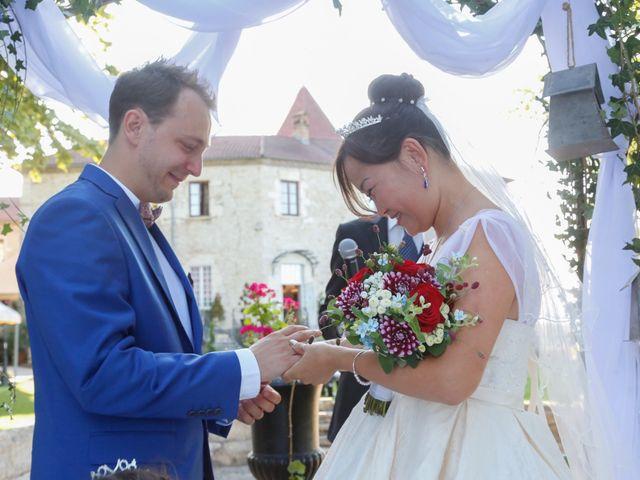 Le mariage de Damien et Baylag à Vignieu, Isère 10