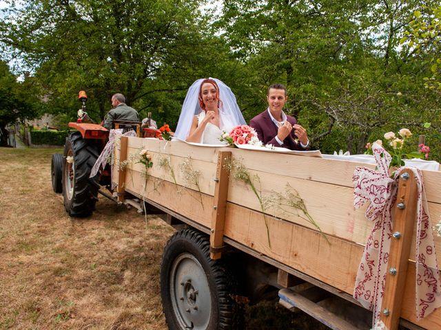 Le mariage de Sébastien et Virginie à Châtelus-le-Marcheix, Creuse 26