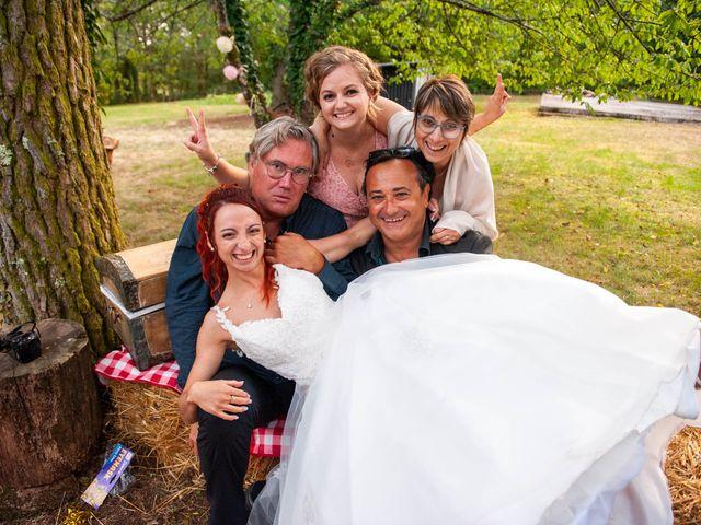Le mariage de Sébastien et Virginie à Châtelus-le-Marcheix, Creuse 32