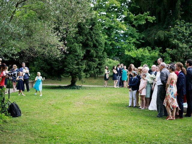 Le mariage de Reynald et Sarah à Chambéry, Savoie 27
