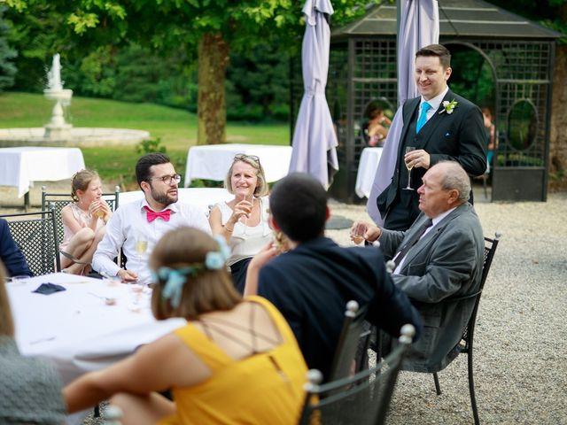 Le mariage de Reynald et Sarah à Chambéry, Savoie 32