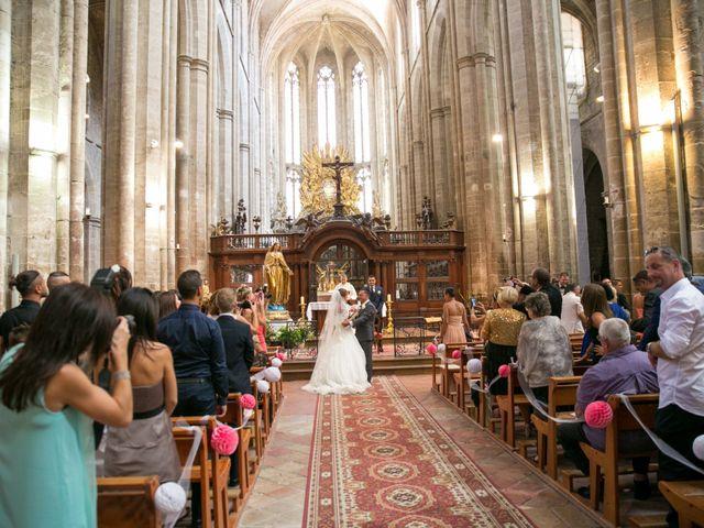 Le mariage de Benjamin et Marion à Saint-Maximin-la-Sainte-Baume, Var 32