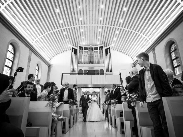 Le mariage de Stéphane et Loryne à Neuchâtel-Urtière, Doubs 19