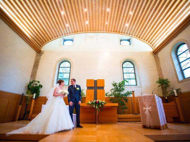 Le mariage de Stéphane et Loryne à Neuchâtel-Urtière, Doubs 20