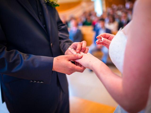 Le mariage de Stéphane et Loryne à Neuchâtel-Urtière, Doubs 24