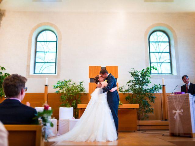 Le mariage de Stéphane et Loryne à Neuchâtel-Urtière, Doubs 25