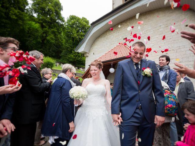 Le mariage de Stéphane et Loryne à Neuchâtel-Urtière, Doubs 30