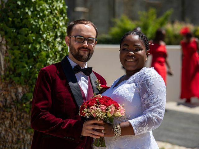 Le mariage de Yohan et Celeste à Château-Larcher, Vienne 93