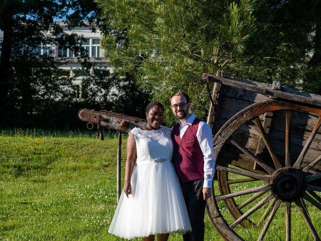 Le mariage de Yohan et Celeste à Château-Larcher, Vienne 213