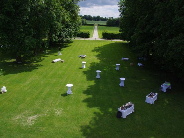 Le mariage de Laurent et Déborah à La Haye-Saint-Sylvestre, Eure 33