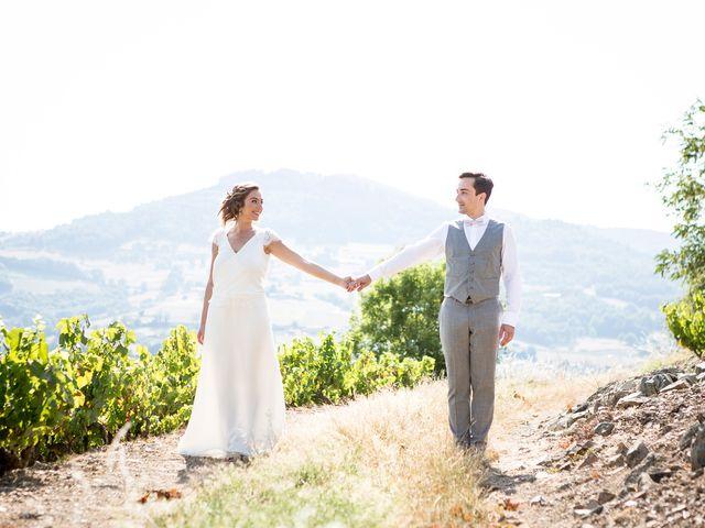 Le mariage de Amaury et Yaëlle à Beaujeu, Rhône 35