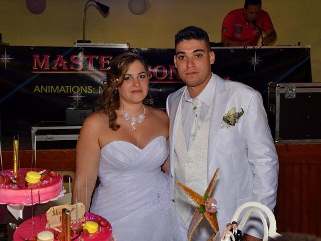 Le mariage de Mark et Alison à Châlette-sur-Loing, Loiret 56
