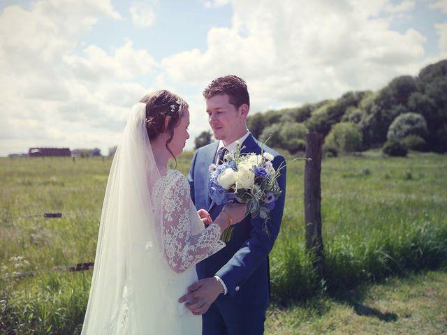 Le mariage de Jonathan et Karine à Saint-Quentin, Aisne 19