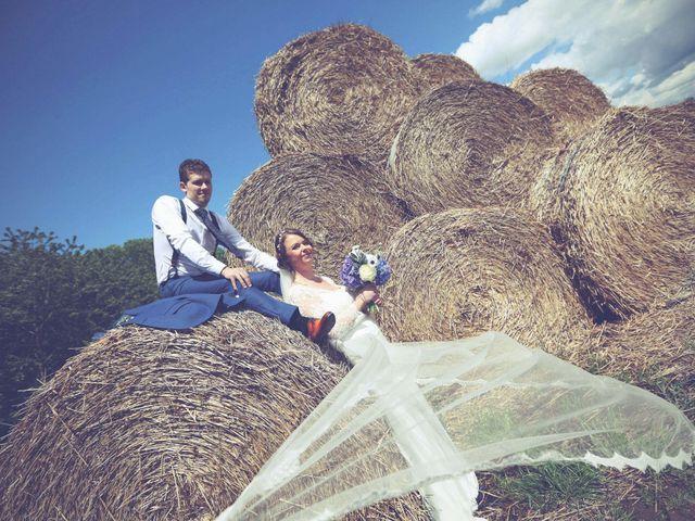 Le mariage de Jonathan et Karine à Saint-Quentin, Aisne 33