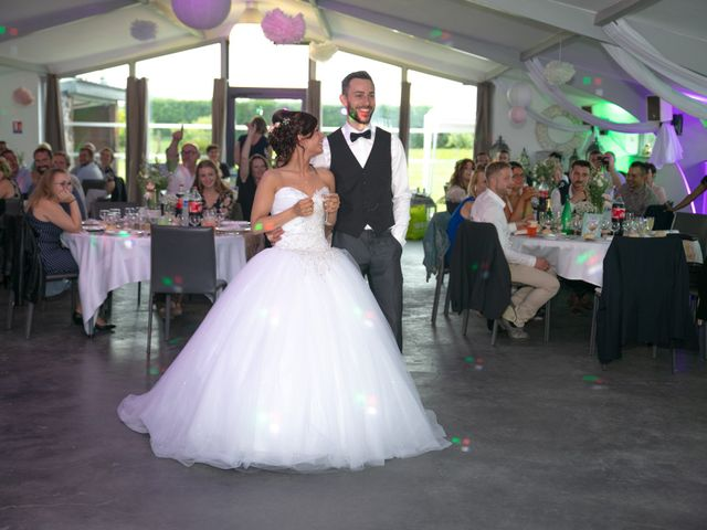 Le mariage de Jonathan et Manon à Hazebrouck, Nord 57
