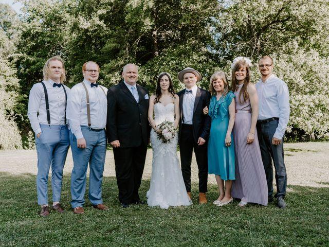 Le mariage de Josh et Débora à Vimory, Loiret 85