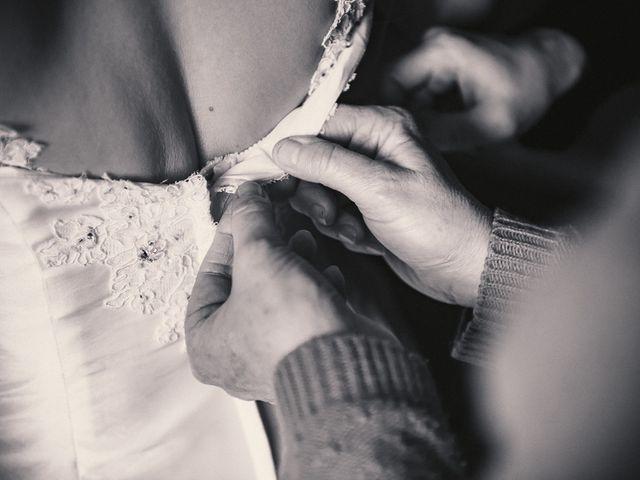 Le mariage de Jean-Sébastien et Hélène à Saint-Marcel-Bel-Accueil, Isère 10