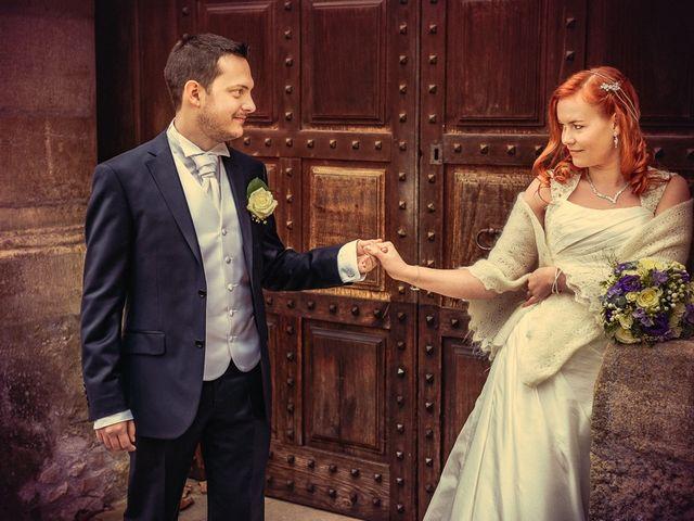 Le mariage de Jean-Sébastien et Hélène à Saint-Marcel-Bel-Accueil, Isère 26