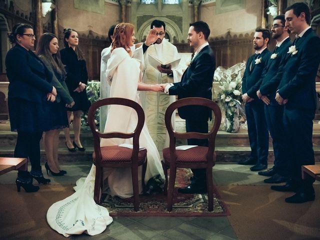 Le mariage de Jean-Sébastien et Hélène à Saint-Marcel-Bel-Accueil, Isère 37