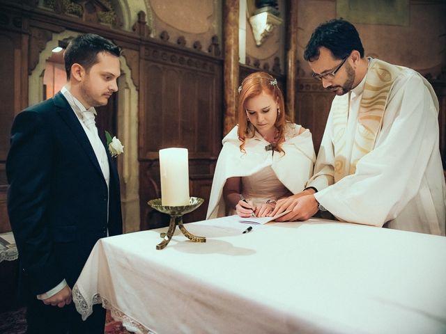 Le mariage de Jean-Sébastien et Hélène à Saint-Marcel-Bel-Accueil, Isère 38