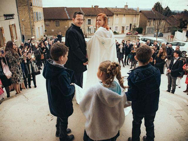 Le mariage de Jean-Sébastien et Hélène à Saint-Marcel-Bel-Accueil, Isère 39