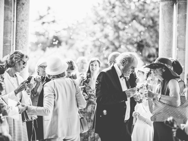 Le mariage de Jean-Charles et Justine à Lignan-de-Bordeaux, Gironde 20