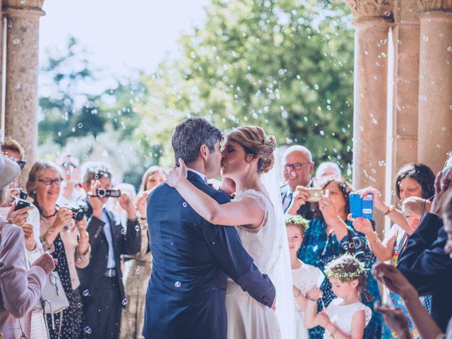 Le mariage de Jean-Charles et Justine à Lignan-de-Bordeaux, Gironde 23