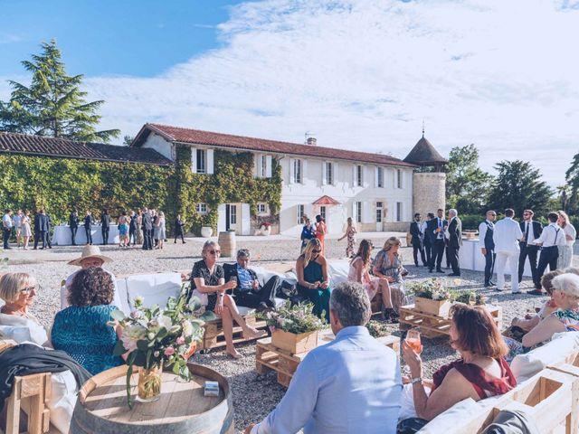 Le mariage de Jean-Charles et Justine à Lignan-de-Bordeaux, Gironde 31