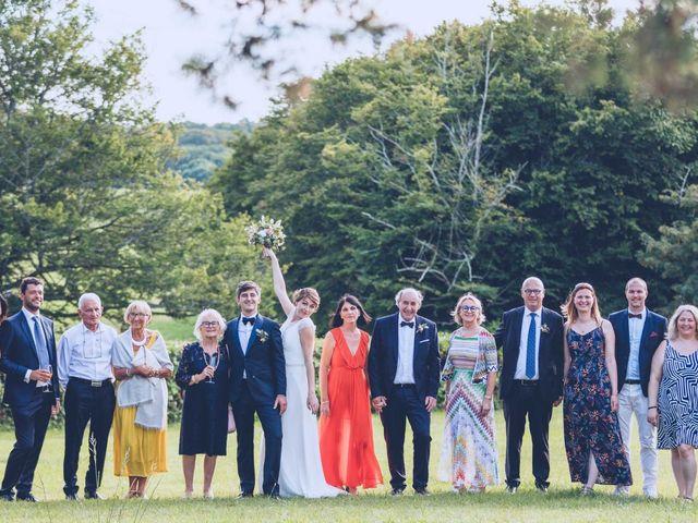 Le mariage de Jean-Charles et Justine à Lignan-de-Bordeaux, Gironde 32