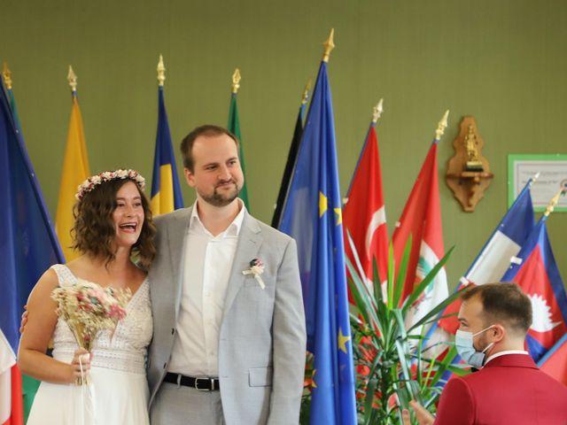 Le mariage de Colin et Angelina à Saint-Genest-Malifaux, Loire 3