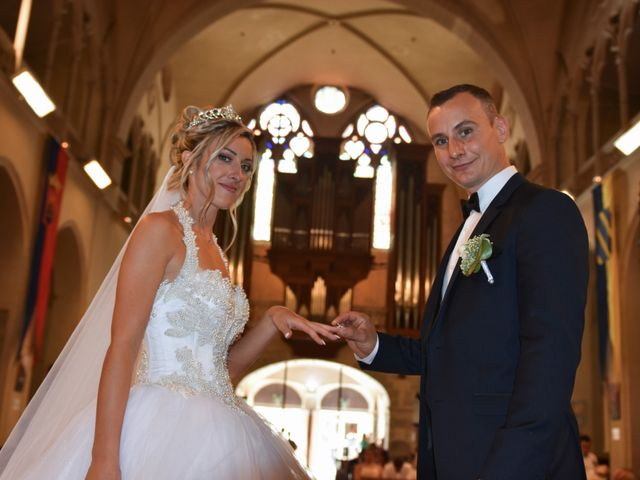 Le mariage de Cédric et Amélie à Montélimar, Drôme 10