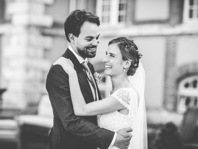 Le mariage de Olivier et Olivia à Pont-de-l'Arche, Eure 23