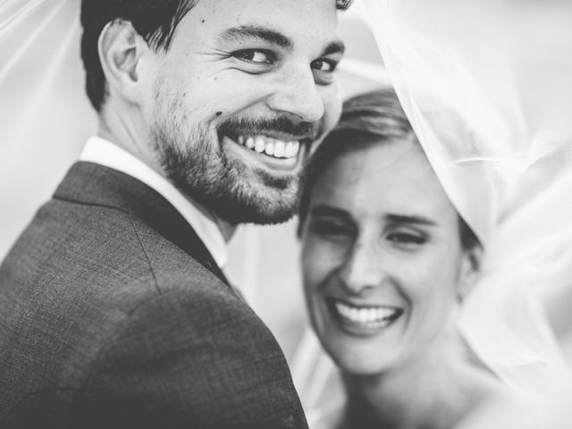 Le mariage de Olivier et Olivia à Pont-de-l'Arche, Eure 28