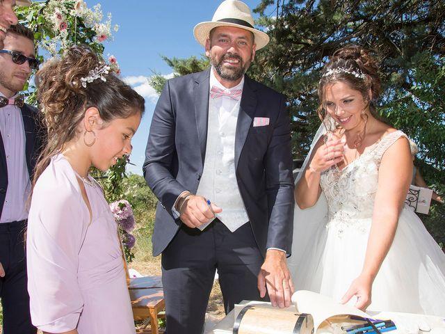 Le mariage de Sébastien et Christel à Aiguèze, Gard 15