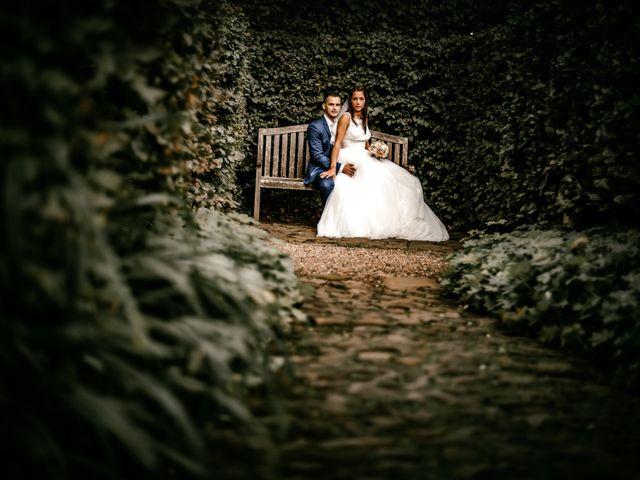 Le mariage de Akim et Leila à Cassel, Nord 19