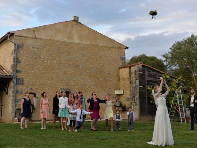 Le mariage de Pierrick et Alexandra à Jonzac, Charente Maritime 44