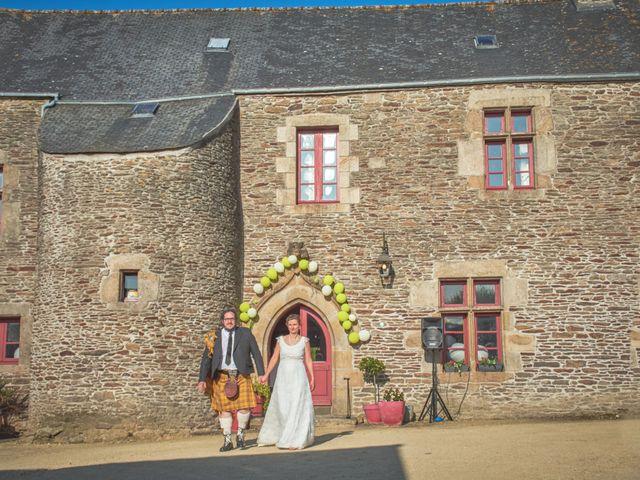 Le mariage de Gireg et Aurélie à Plestin-les-Grèves, Côtes d'Armor 24