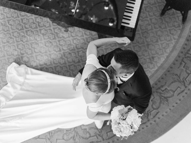 Le mariage de David et Marion à Chantilly, Oise 6