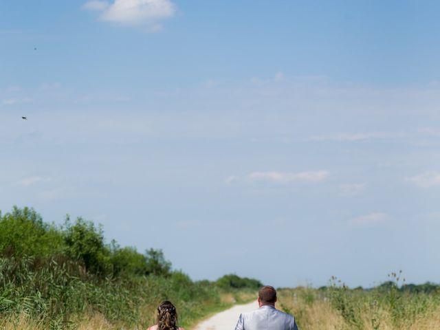 Le mariage de Christopher et Alison à Saint-Georges-des-Agoûts, Charente Maritime 19