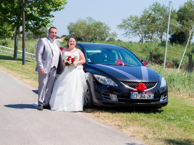 Le mariage de Christopher et Alison à Saint-Georges-des-Agoûts, Charente Maritime 23