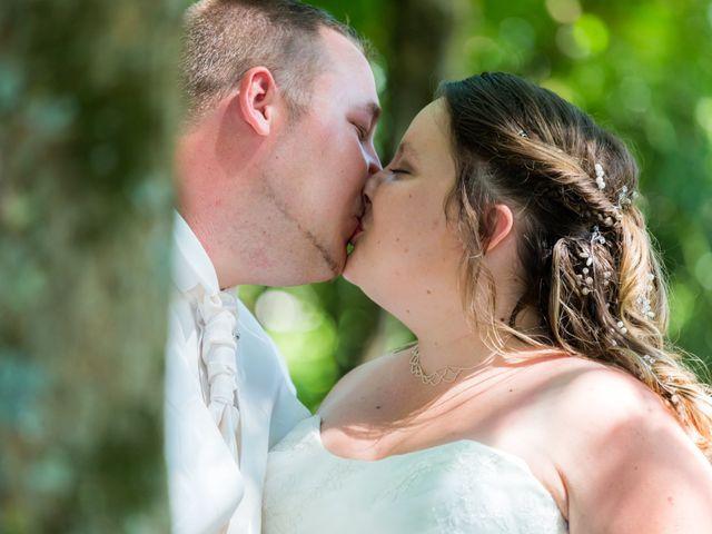 Le mariage de Christopher et Alison à Saint-Georges-des-Agoûts, Charente Maritime 26