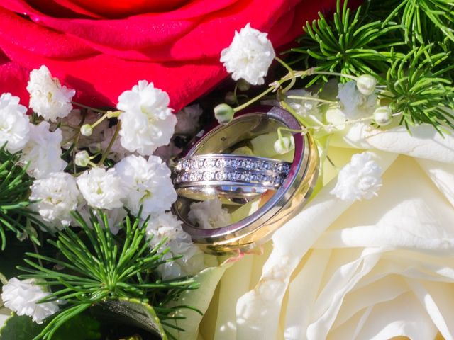 Le mariage de Christopher et Alison à Saint-Georges-des-Agoûts, Charente Maritime 51